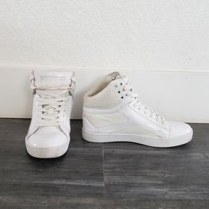 White Glitter Detailed Pastry High Top Sneaks
